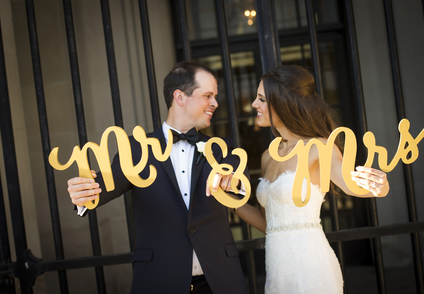 Freed Photography_Andrew Mellon Auditorium Wedding_023