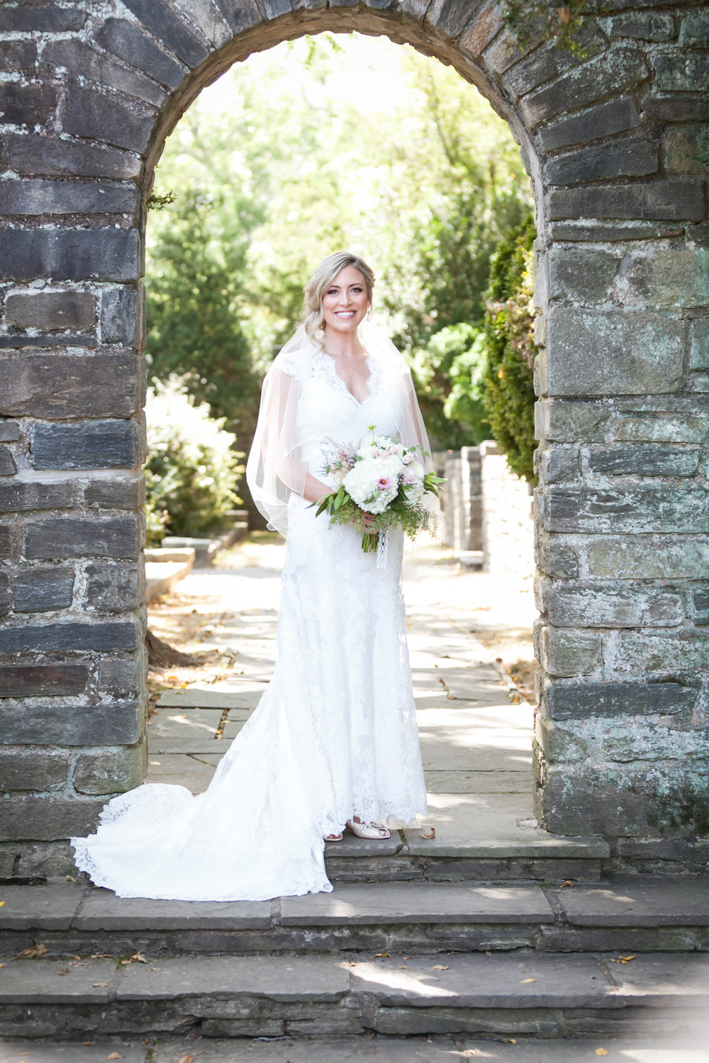 Glenview Mansion Wedding Bride